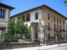 Fachada del Euskal Herria Museoa