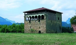 View 3 of the Tower of Muntxaraz