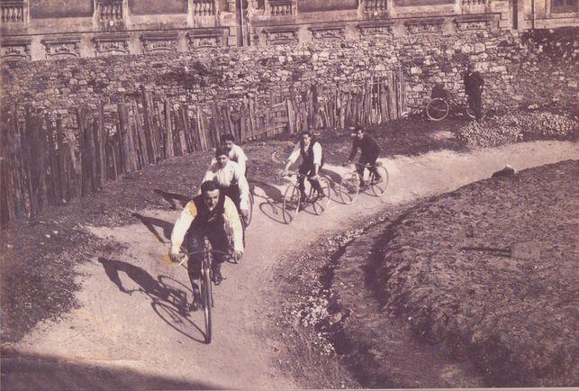 Bilbao Santander bizikletaz. 1903