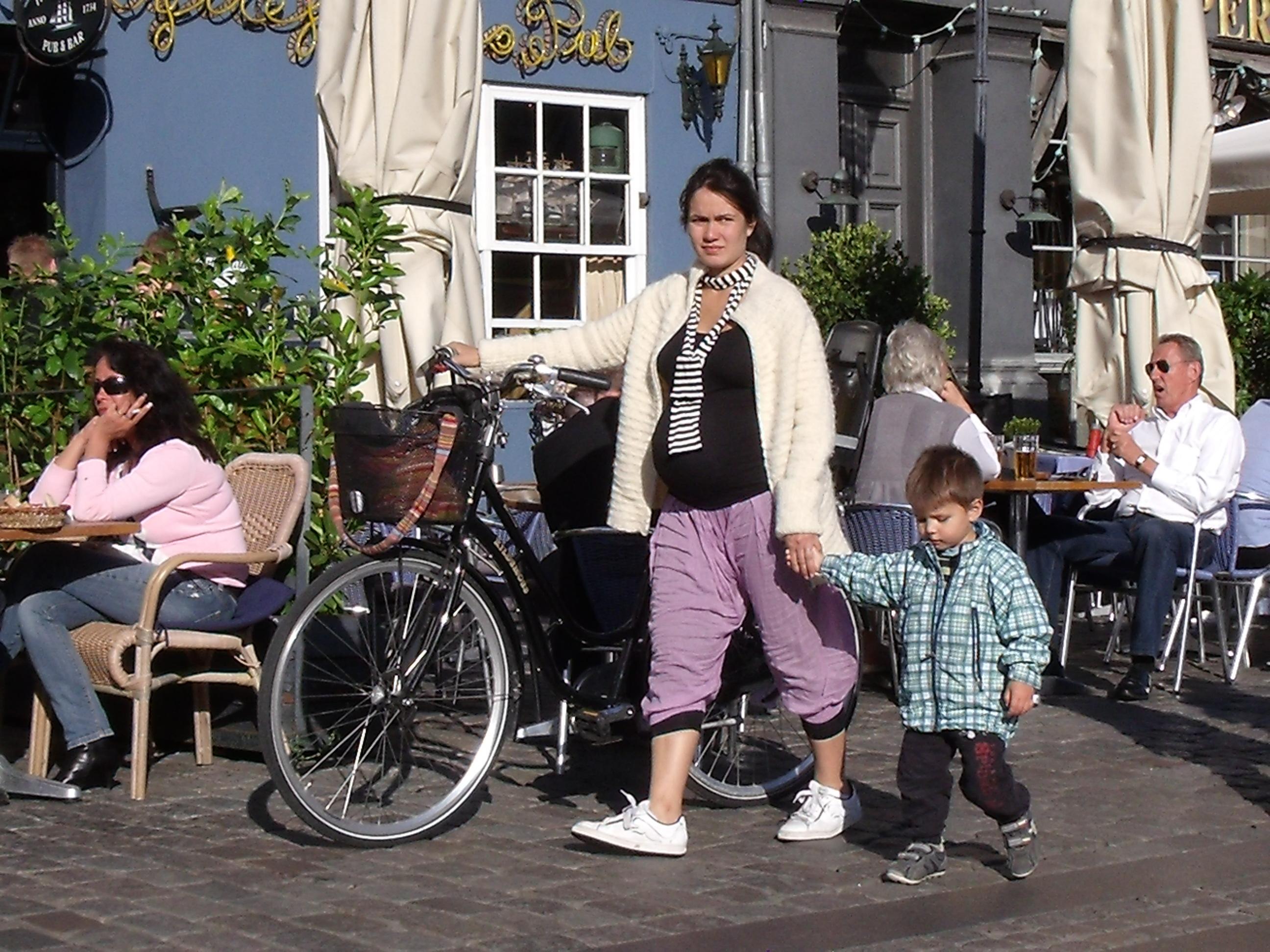Usar la bicicleta es bueno para todas y todos, sano sano