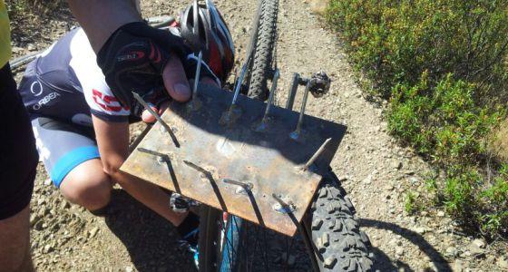 Una trampa para bicicletas. Descerebrados haberlos haylos