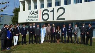 El Lehendakari, Iñigo Urkullu, y el Diputado General de Bizkaia, José Luis Bilbao, han inaugurado esta mañana KABI 612