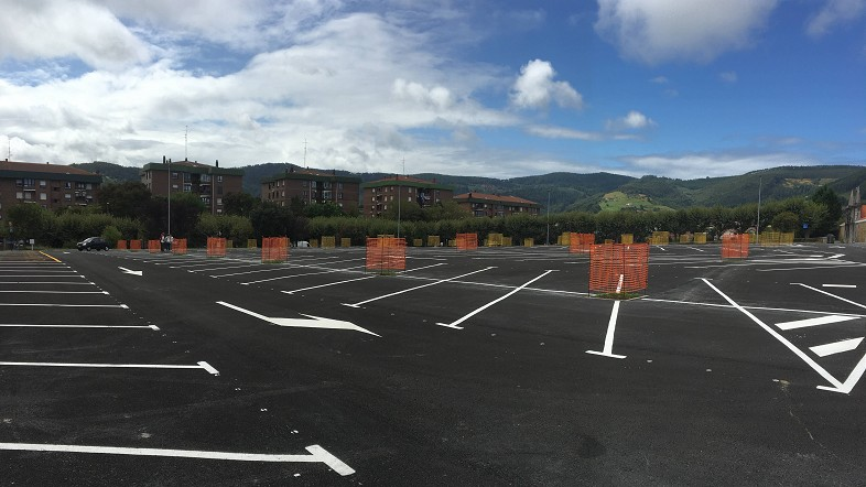 Bermeo cuenta con un nuevo parking con capacidad para 354 vehículos fruto de un convenio entre el Ayuntamiento y la Diputación