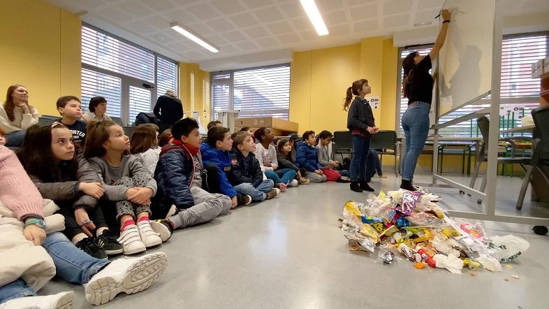 3,2,1,0...Residuos llega a los centros escolares para sensibilizar al alumnado sobre la necesidad de reducir los desechos