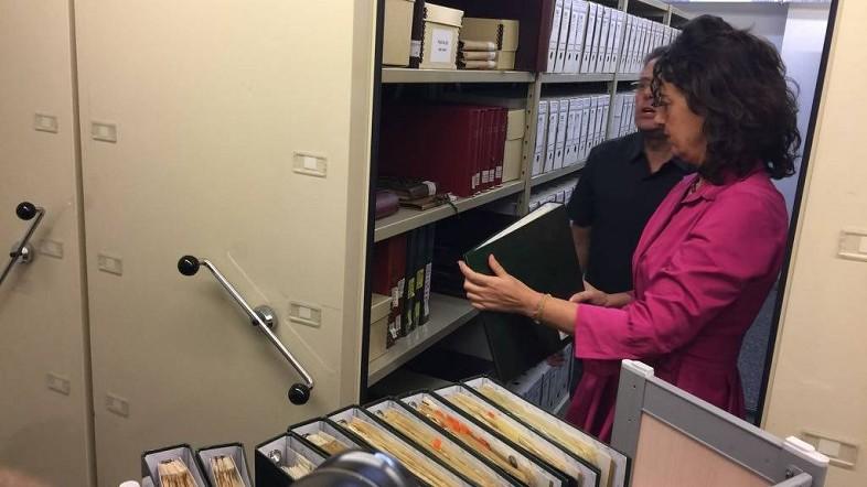 El Archivo de la Diputación recibe cerca de 14.000 negativos del siglo XX y comienzos del XXI, donados por Iñaki García Uribe