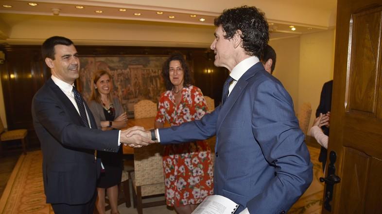 Miguel Ángel Gómez Viar Garraioak, Mugikortasuna eta Lurraldearen Kohesioa Sustatzeko foru diputatu berria bere karguaz jabetu da