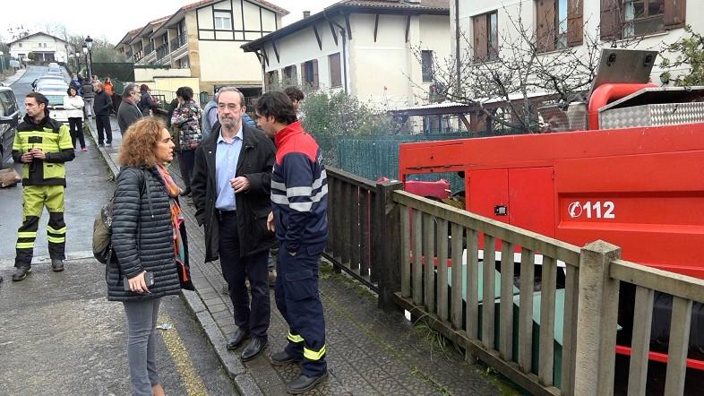 Ibone Bengoetxea visita la zona afectada