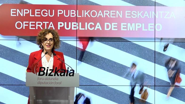 Bizkaia aprobará más de 600 plazas de empleo público antes del final de la legislatura, la mitad para personal administrativo