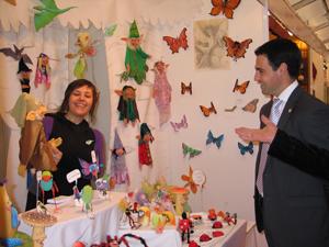 El Diputado de Promoción Económica, en la Feria de Artesanía de Bilbao